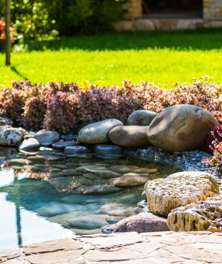 Knights Landscaping Construction And Design Residential Water Features